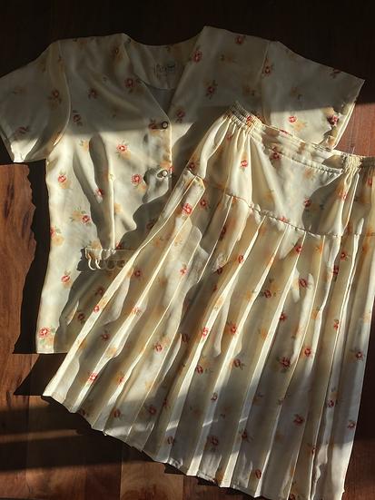 Vintage Cream Floral Skirt Set (L)