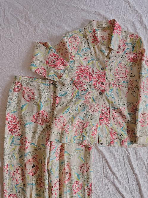 Modern Floral Linen Set (M)