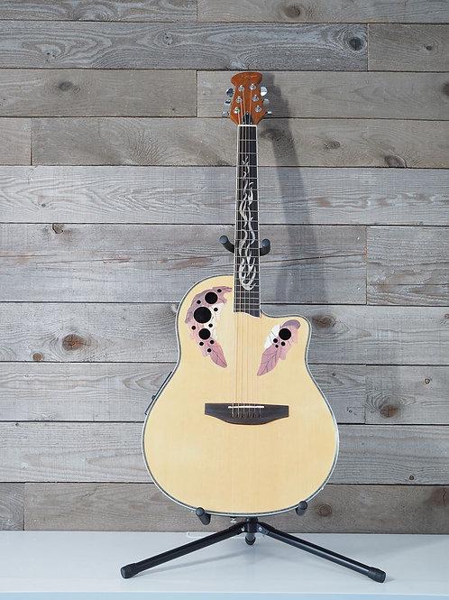 Guitare de type Ovation beige - modèle GS-4165