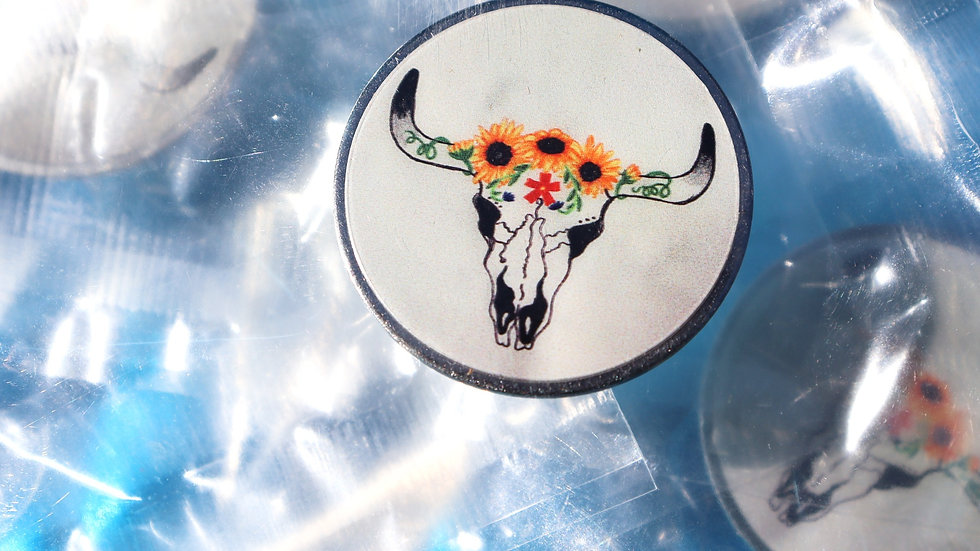 LadyBull LIMITED EDITION Pin.