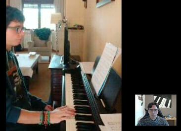 CONFINAMIENTO Y CLASES DE PIANO