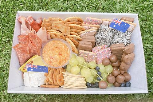 """Australiana"" Picnic Box"