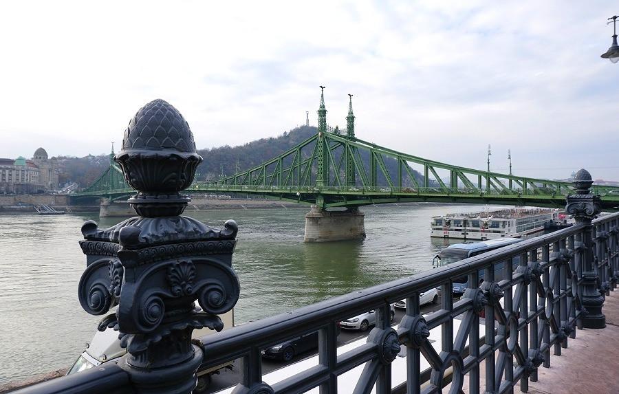 גשר החירות גבעת גלרט בודפשט