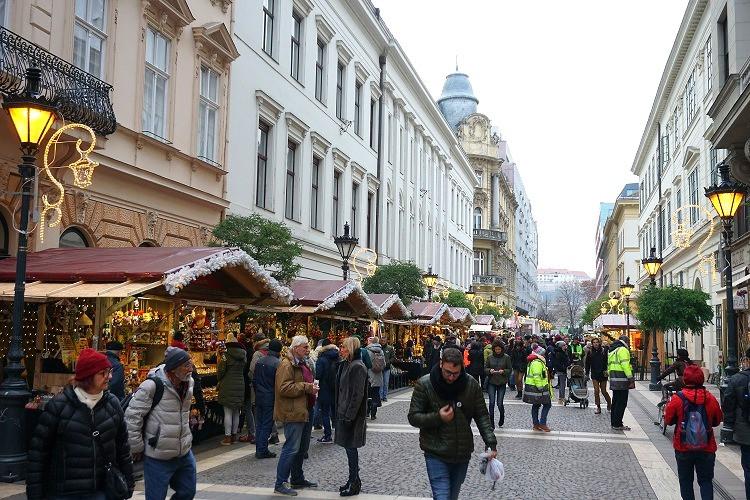 שוק חג המולד בודפשט
