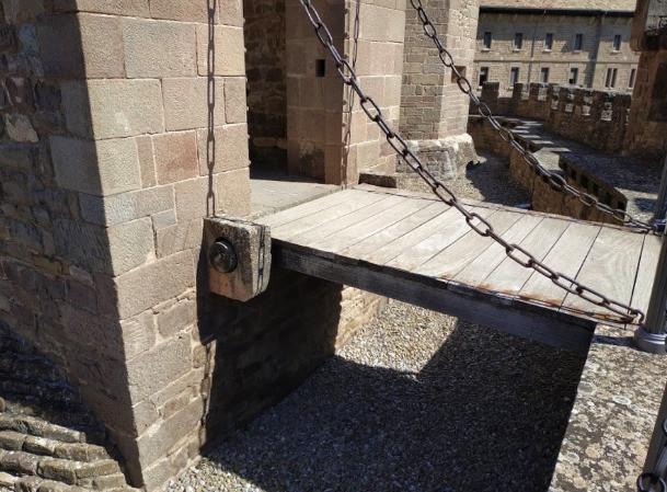 מבצר חביאר נבארה ספרד