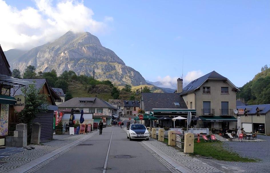 הכפר גווארני