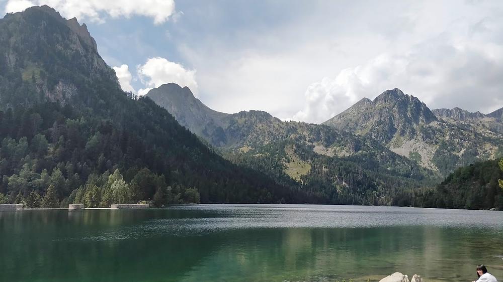 אגם סנט מאוריצ'י, הפירנאים הספרדיים