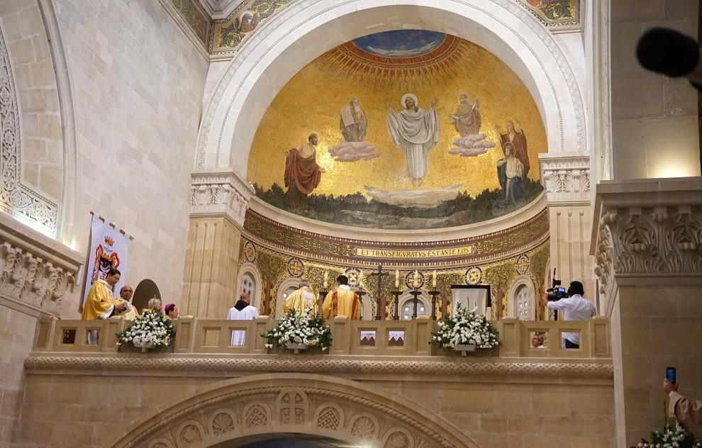 האפסיס בכנסייה הפרנציסקנית