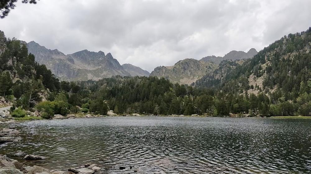 אגם רטרה שמורת אייגואסטורטס