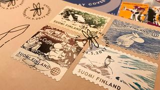Финская почтовая служба выпустила тематические конверты и марки с Муми-Троллями.