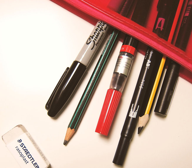 New%20pencil%20case%20means%2C%20shots%20of%20my%20stationery%20again%20_drools__edited.jpg