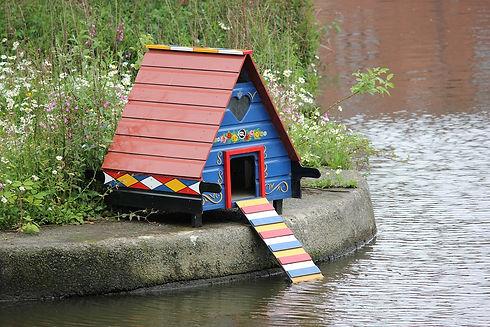 bird-house-71299_1280.jpg