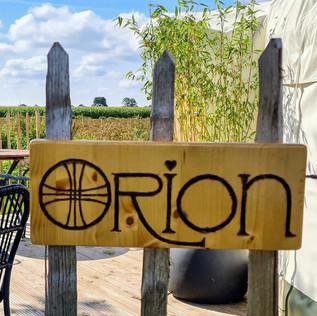 Orion-naam_edited.jpg
