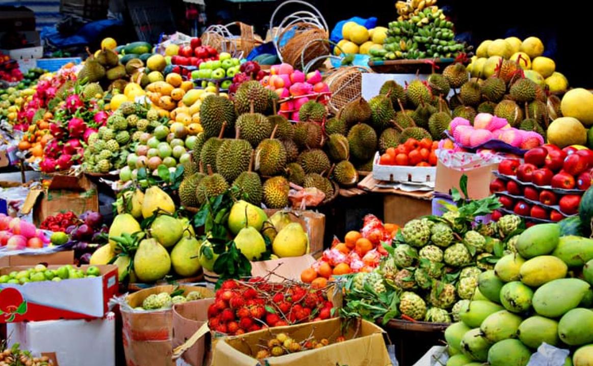 Tropsko sadje na pretek