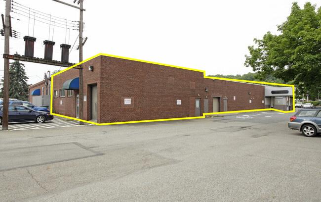 White Oak_exterior office image