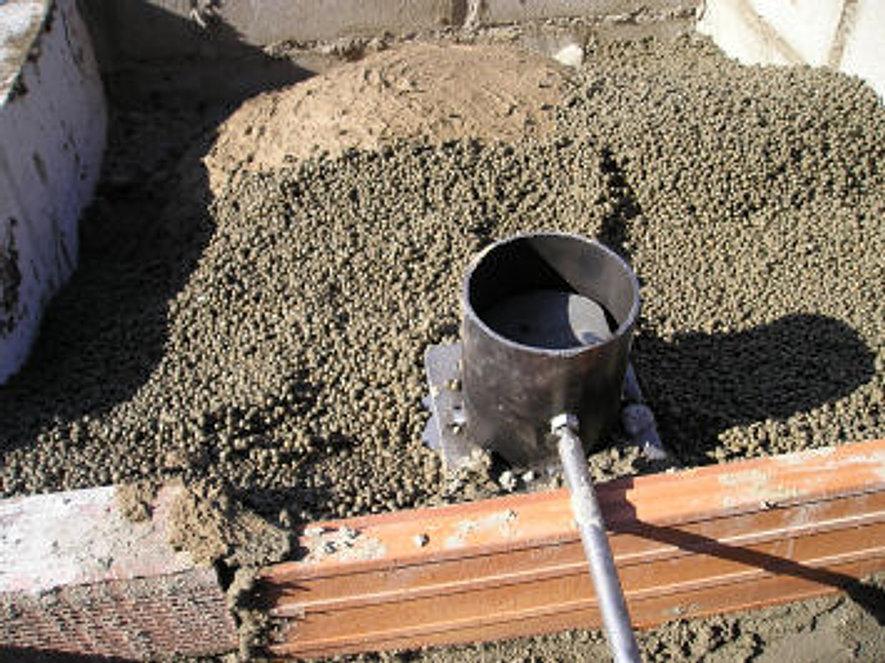 Disponemos de hornos de le a y hornos de pereruela for Balaustre in cemento leroy merlin