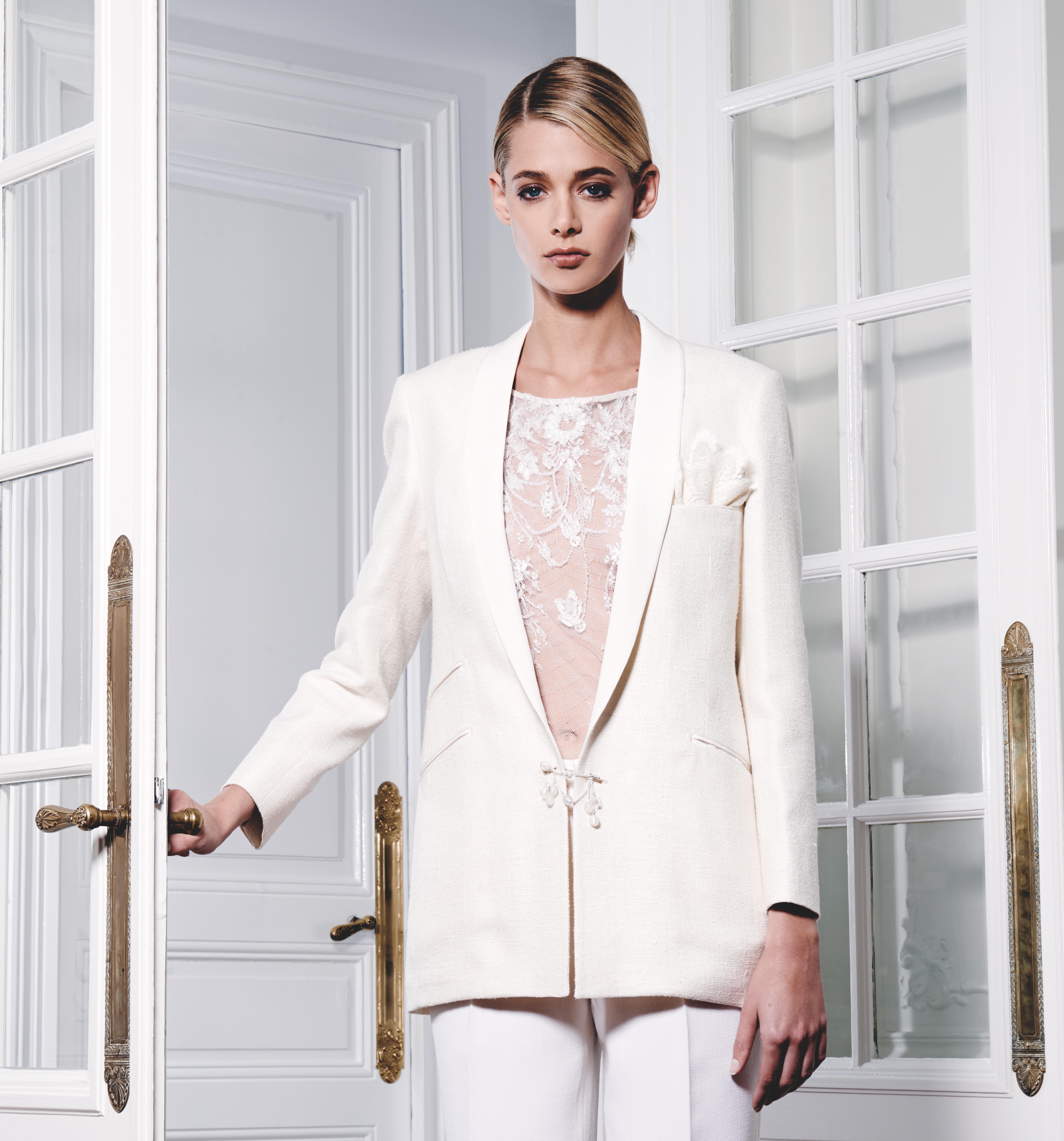Tailleur pantalon blanc pour mariée