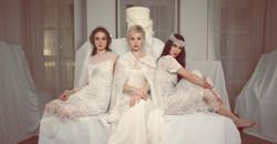 Robes de mariées ou robes de soirée