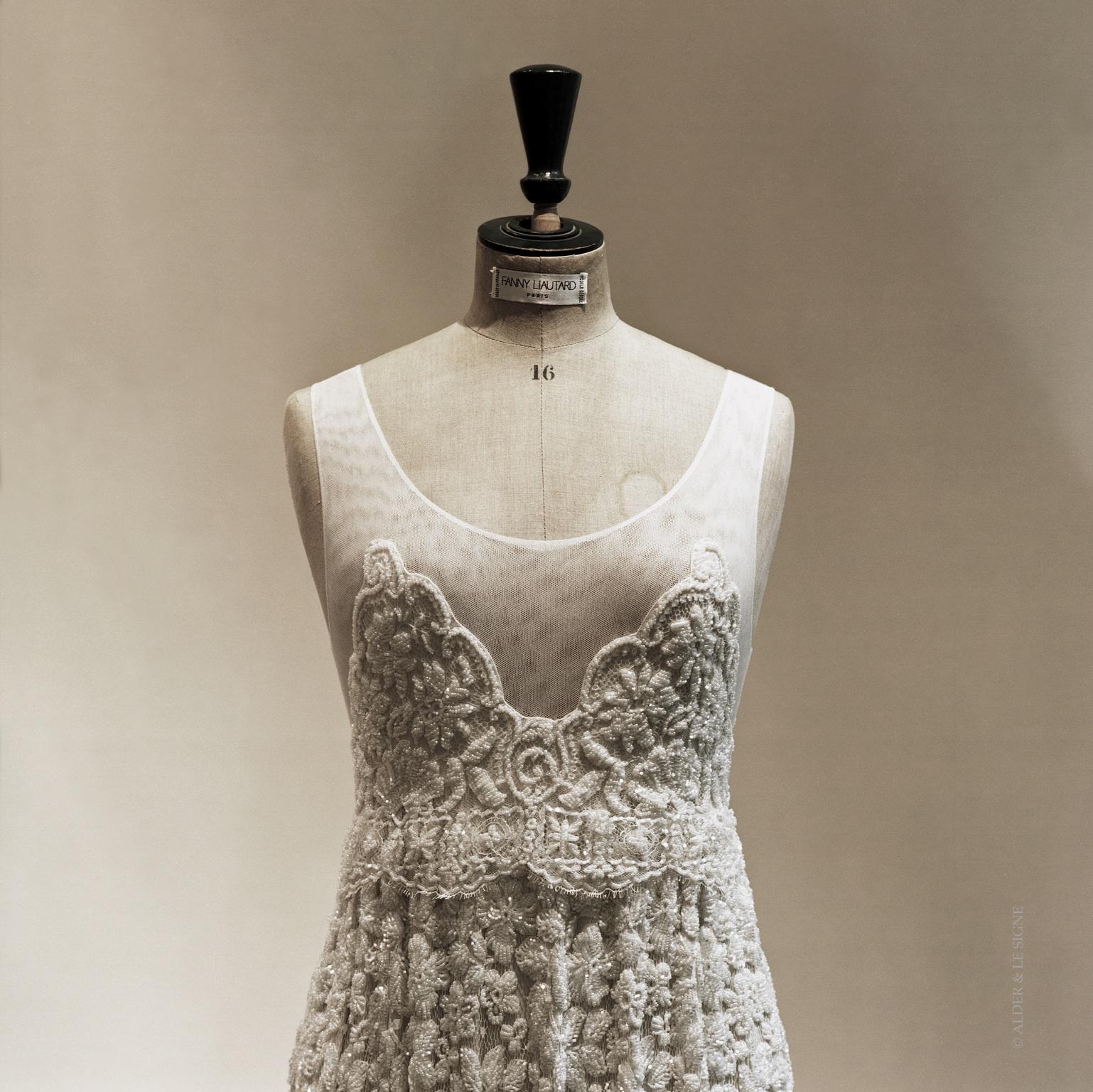 Prototype de robe en dentelle