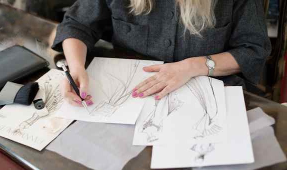 Création, dessins des collections
