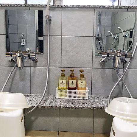 シャワーなど