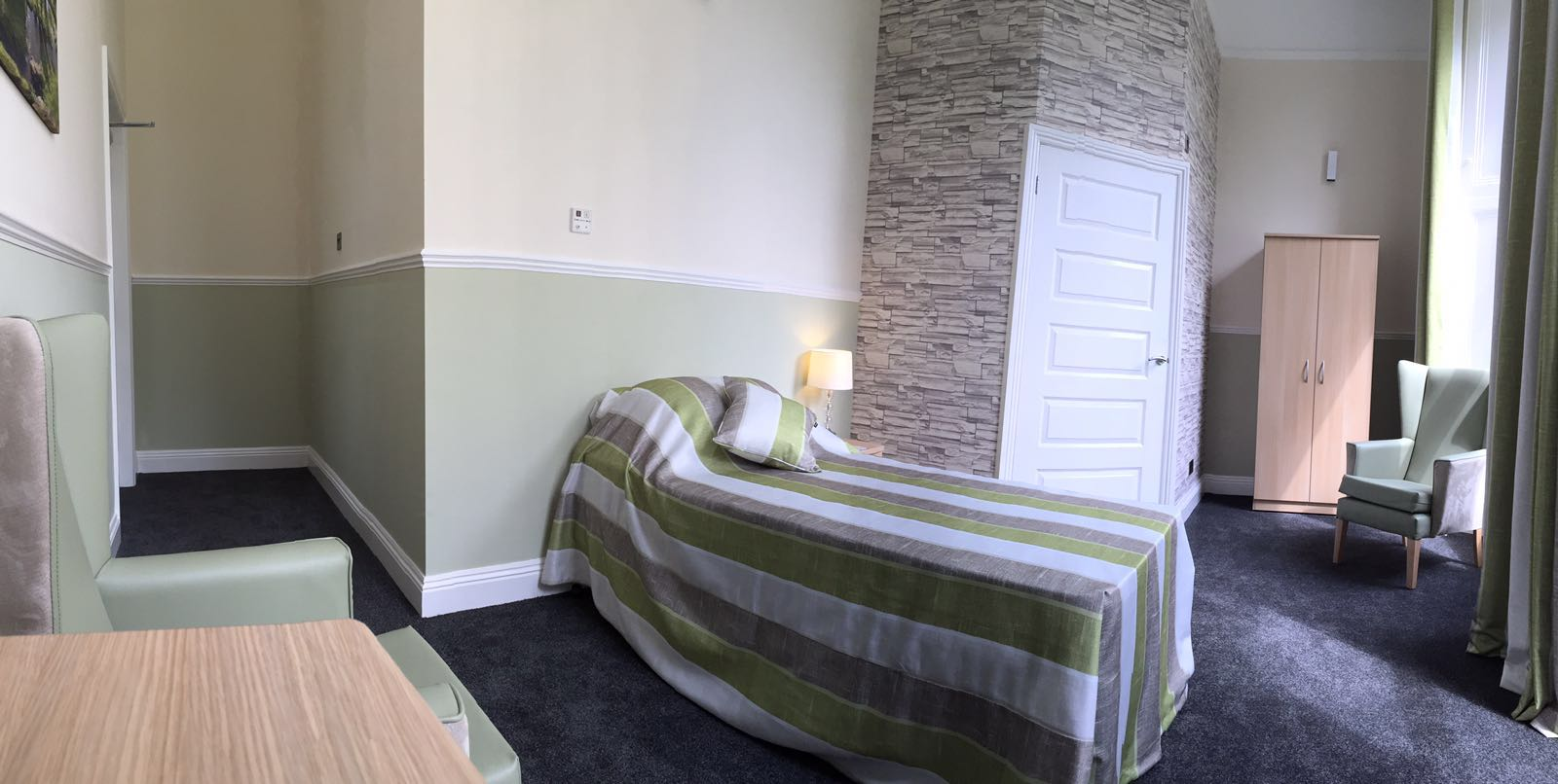 Shedfield Lodge Care Home Dementia Specialist Luxury Accomodation 2