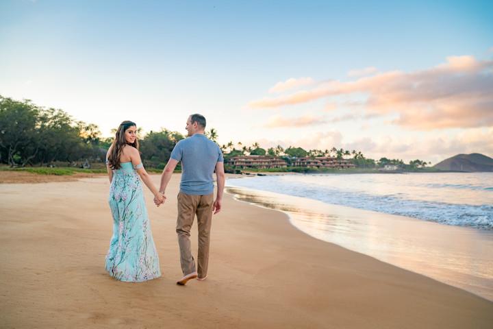 Maternity Photography in Maui, Hawaii