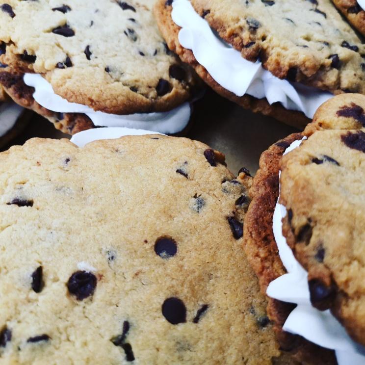 Sandwich Cookies