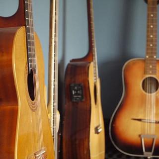 #guitar #acoustic #studio #london #fende