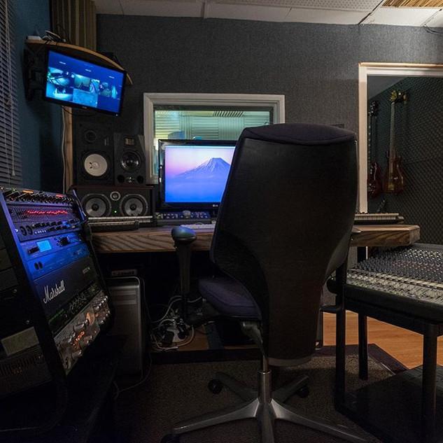 #recording #studio #ns10 #focal #avalon