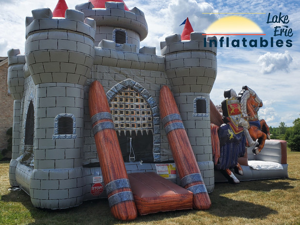 Knight's_Castle_Combo™_Lake_Erie_Infla