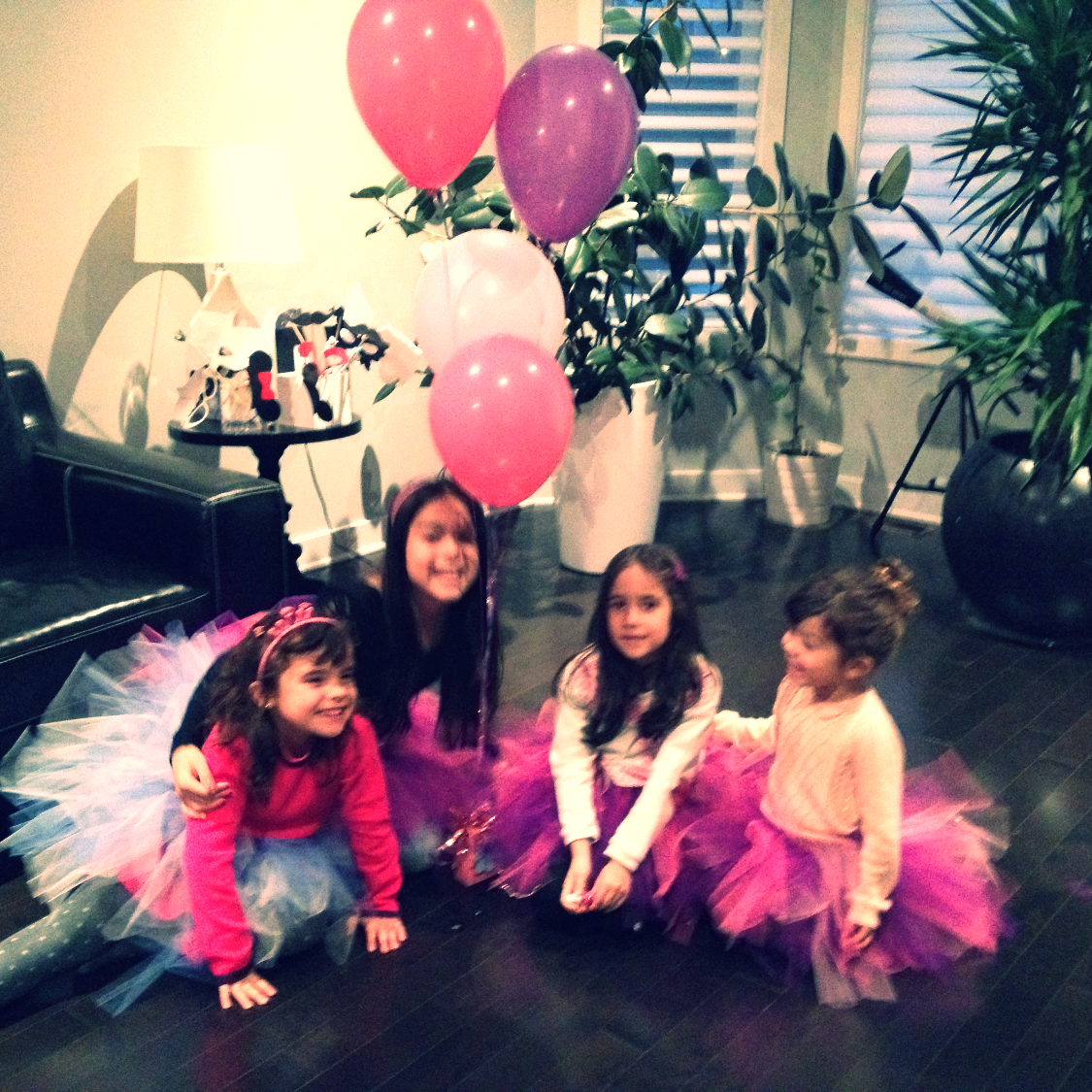 Ballerina Party: Make your own tutu!