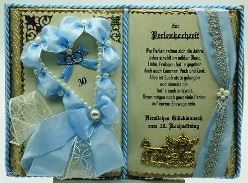 Deko-Buch Perlenhochzeit (mit Holz-Buchständer)