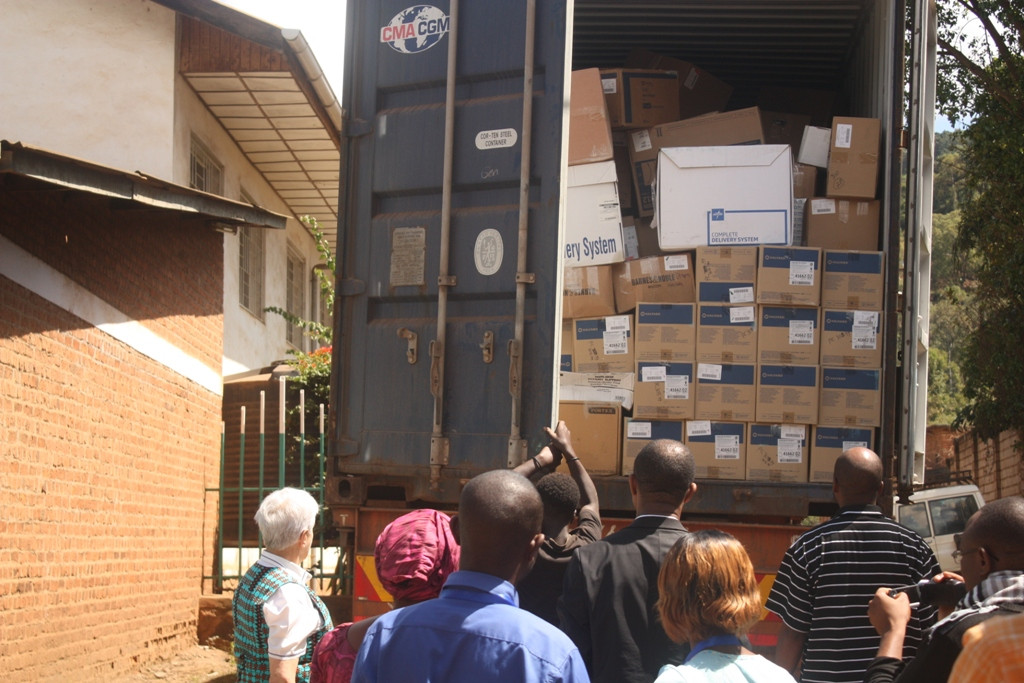 Reception and distribution of medical equipment and supplies (from Project C.U.R.E) for hospitals.