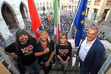 100esimo anniversario Moto Guzzi in Piazza Caa