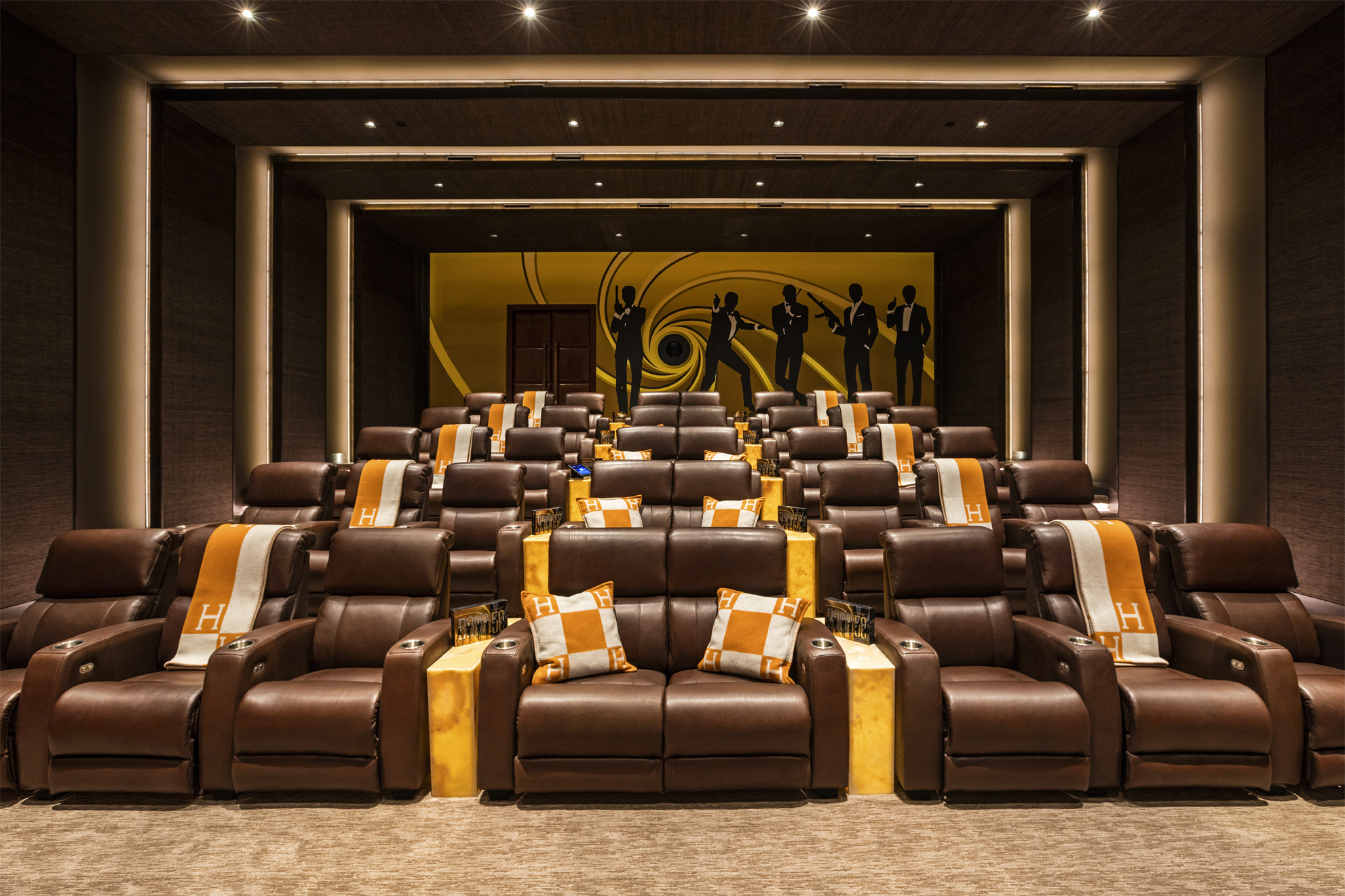 08.MovieTheater-