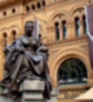 Queen-Victoria-BUILDING -BILLIONSLUXURYP
