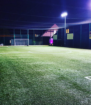 Peak Pitch Hire - Willen Lake