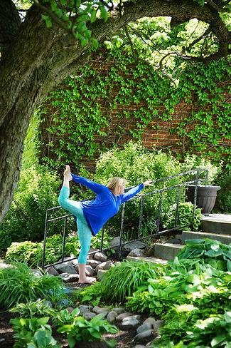 Jody in Dancer Pose in garden