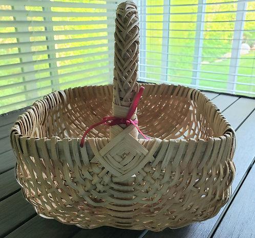 Round Reed Basket (decorative handle) - NEW!