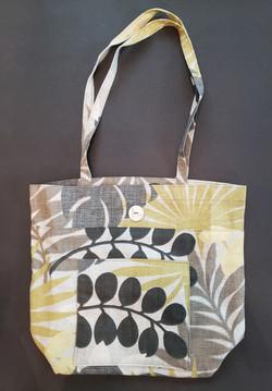 market bag with front pocket 2