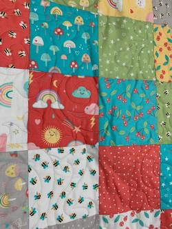 criss cross rainbows baby quilt 2