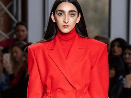 """La """"modella brutta"""" di Gucci, tra marketing e universalità"""