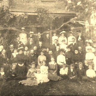 Family wedding photo 1896
