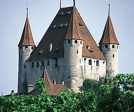 SchlossThun.jpg