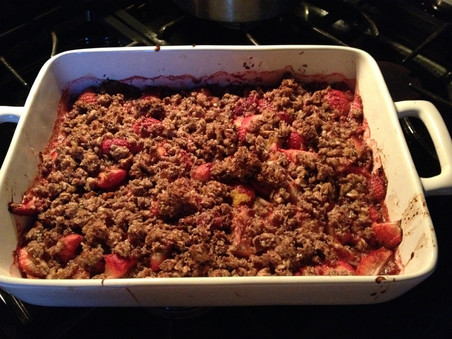 it's rhubarb season, so let's make a rhubarb crumble