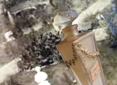 Parfumerie de Vaudrey - ad memoriam perpetuam • Flacon #Parfum 1920 #Père Lachaise #Faune Démon