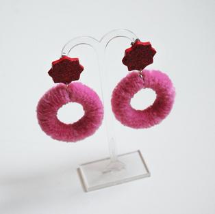 Kashayamakes Earrings