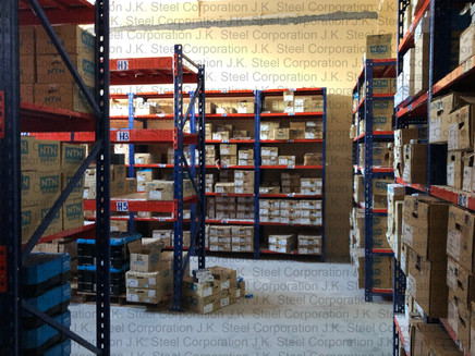 Heavy Duty Racking with Slotted Angle Racking