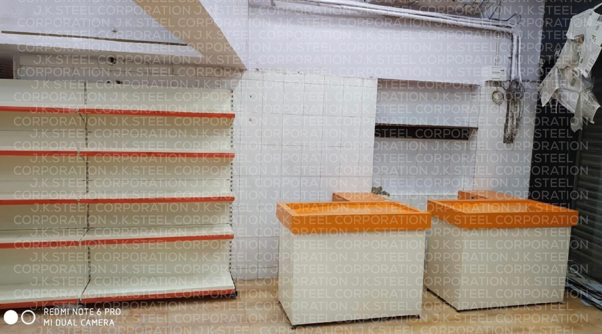 Cash Counter with Wallside Single Face Display Racking